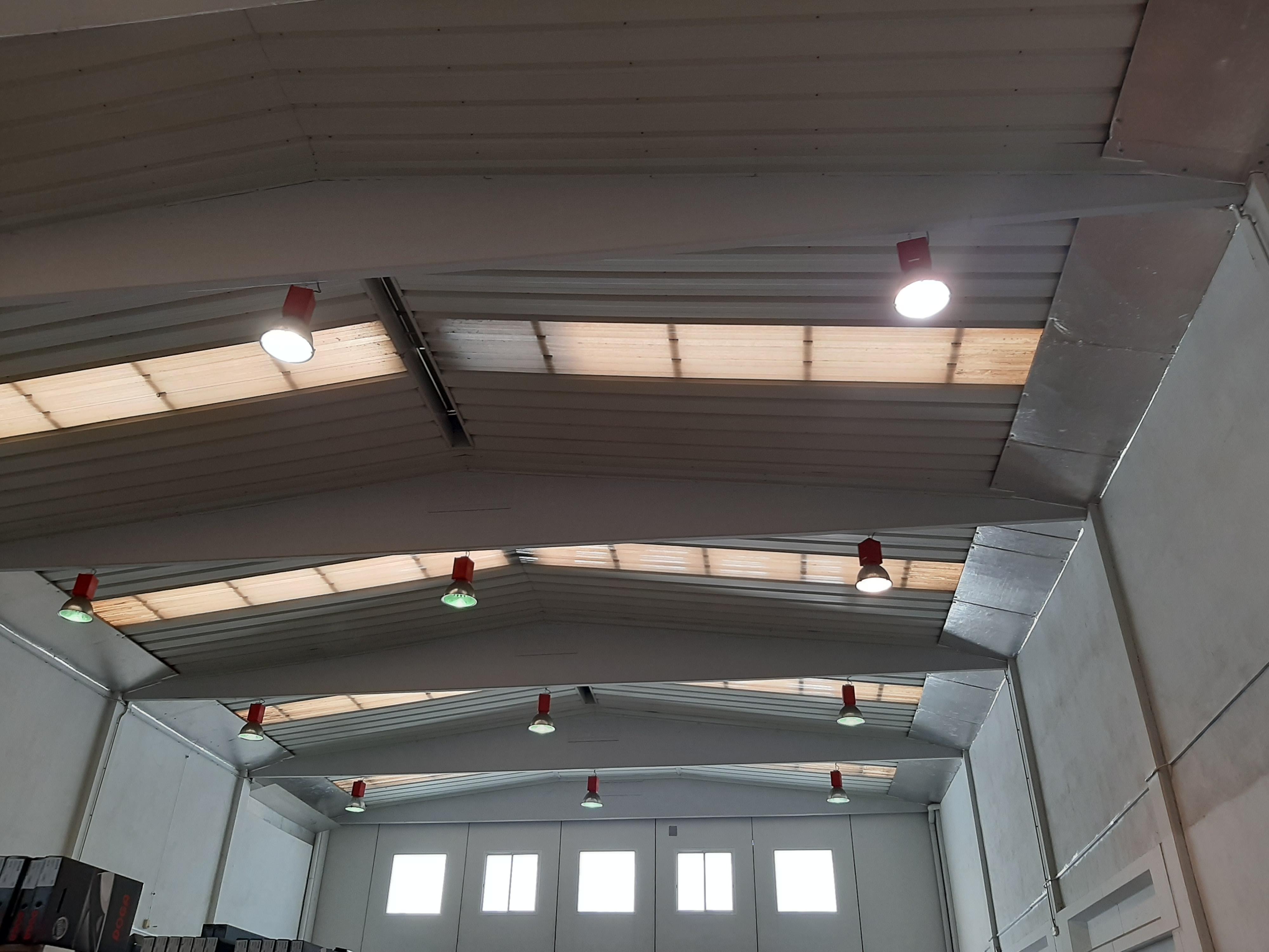 Ref. E-1318 Edifici industrial